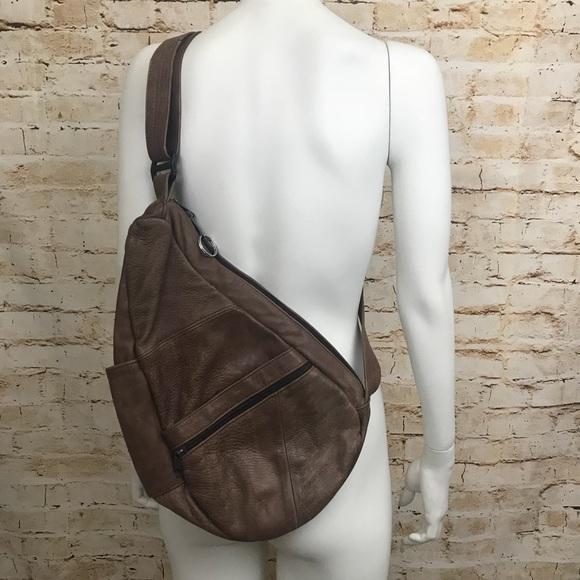 9005d83de2dd Vintage one shoulder leather backpack. M 5b5e5642d8a2c7b2834551f7